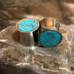 9/16 Stainless Steel Turquoise Plugs